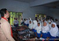 ধোকড়াকোল মাধ্যমিক বিদ্যালয় পরিদর্শন ও বিদ্যার্থীদের সাথে মত বিনিময় করলেন সুফি ফারুক, আমবাড়ীয়া ইউনিয়ন, খোকসা, কুষ্টিয়া | Sufi Faruq visited Dhokrakol Secondary School and exchanged views with Teachers & Students, Ambaria Union, Khoksa, Kushtia, 30.10.2017