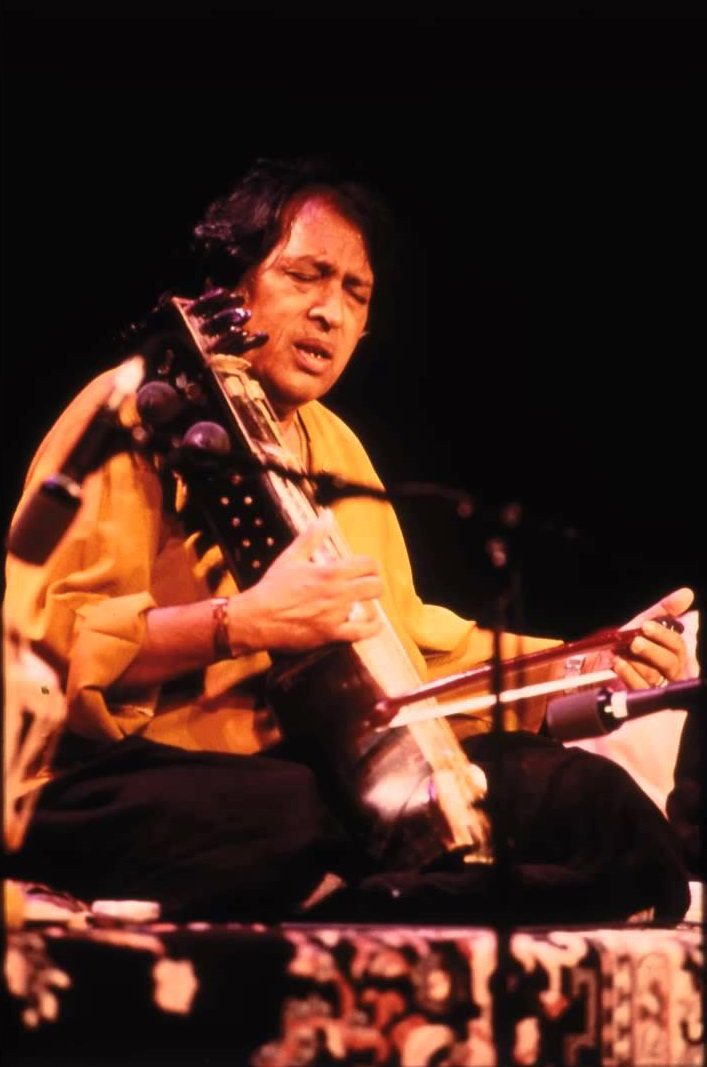 Ustad Sultan Khan (1940-2011), India (Sarangi /Indore Gharana)