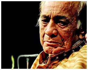 Mehdi Hassan Khan (Urdu: مہدی حسن ; 18 July 1927 – 13 June 2012)| মেহেদী হাসান খান (উর্দু: مہدی حسن خان ; জন্ম: জুলাই ১৮, ১৯২৭ - মৃত্যু: জুন ১৩, ২০১২)