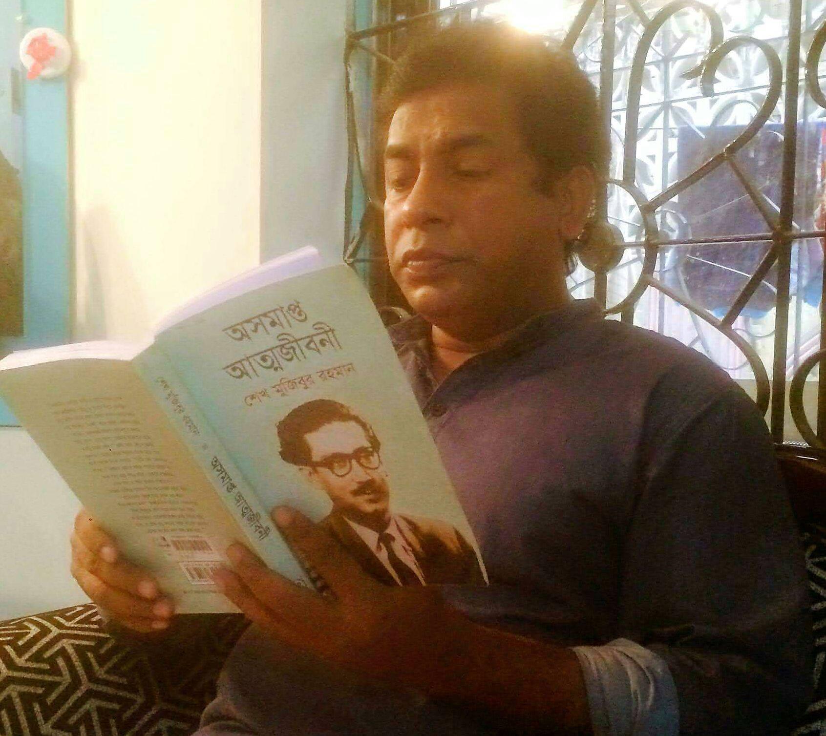 জনপ্রিয় অভিনেতা মোশাররফ করিম