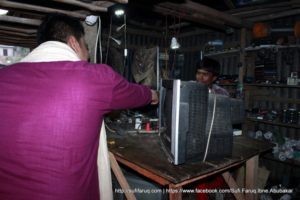 Panti Bazar Panti Kumarkhali 19.01.2018 43 সুফি ফারুক এর গণসংযোগ, উন্নয়ন আলোচনা ও শেখ হাসিনার পক্ষে ভোট প্রার্থনা - পান্টি বাজার, পান্টি ইউনিয়ন, কুমারখালী, কুষ্টিয়া।